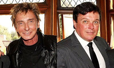 Barry Manilow Marries Longtime Manager Garry Kief