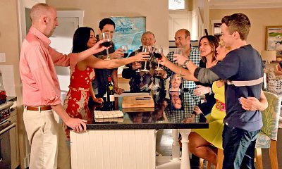 'Cougar Town' Boss on Fake Goodbye in Series Finale: 'There's No End to 'Cougar Town' '