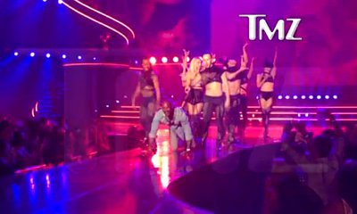 Britney Spears Brings Out Tyson Beckford, Puts Him on Leash at Las Vegas Show