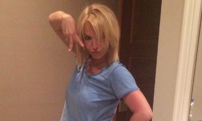 Britney Spears Shows Off Her Injured Leg in Twitter Picture