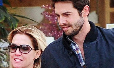 Jennie Garth Ties the Knot With David Abrams
