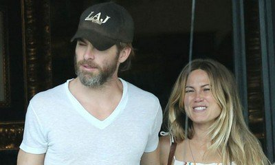 Chris Pine Is NOT Cheating on Vail Bloom