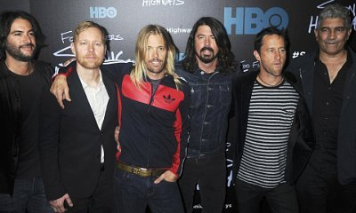 Video: Foo Fighters 'Rickrolls' Westboro Baptist Church Protesters Before Concert