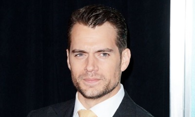 Henry Cavill Desperate to Look Like Superman When He's Naked