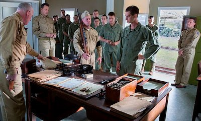 First Look at Andrew Garfield in 'Hacksaw Ridge' Revealed