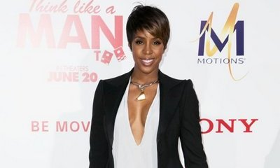 Kelly Rowland Dressing Son Titan as the Skunk From 'Bambi' for Halloween