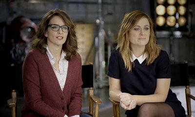 Tina Fey and Amy Poehler Take on 'Star Wars: The Force Awakens' in 'Sisters' Viral Video