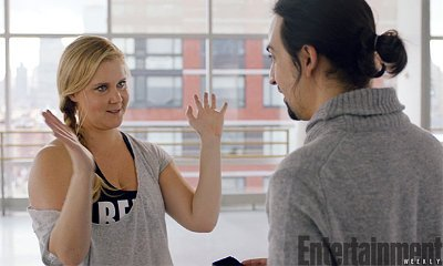 Watch Amy Schumer Pitch Her Own Hip Hop Musical to 'Hamilton' Creator
