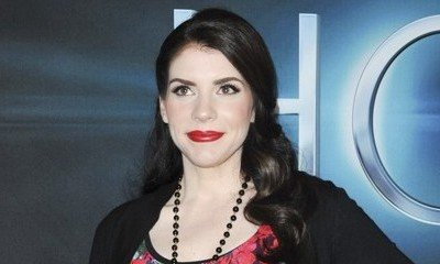 'Twilight' Author Stephenie Meyer to Produce YA Film Adaptation of 'Anna Dressed in Blood'