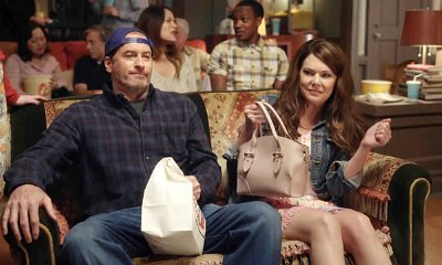 'Gilmore Girls: A Year in the Life' Clip: See Lorelai and Luke on Movie Date