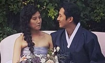 'Walking Dead' Star Steven Yeun Ties the Knot with Joana Pak