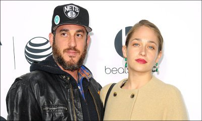 'Girls' Star Jemima Kirke Calls It Quits With Husband of 7 Years