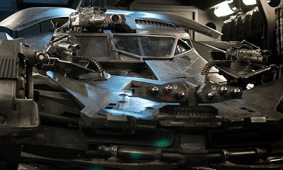 'Justice League' Director Debuts First Look at Upgraded Batmobile