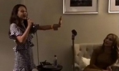 Video: Alex Rodriguez's Daughter Sings for Jennifer Lopez