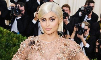 Kylie Jenner Flashes Her Underwear During Marilyn Monroe Moment
