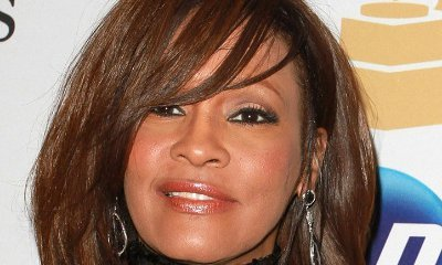 Whitney Houston Was Bisexual, Close Friends Claim