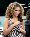 Beyonce Knowles Gave V.I.P. Treatment to Oprah
