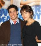 Jason Biggs Is Engaged to His Girlfriend, Actress Jenny Mollen