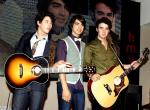 Jonas Brothers Tapped to Headline the 2008 MTV VMA
