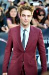 Robert Pattinson Suits Up on the Set of