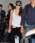 Kristen Stewart Stays Low-Key When Leaving Toronto After TIFF