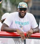 LeBron James to Produce Sitcom for Starz
