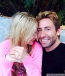 Avril Lavigne Shows Off 17-Carat Diamond Ring From Chad Kroeger