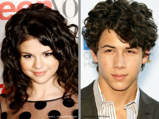 Selena Gomez and Nick Jonas Spotted Dining Together