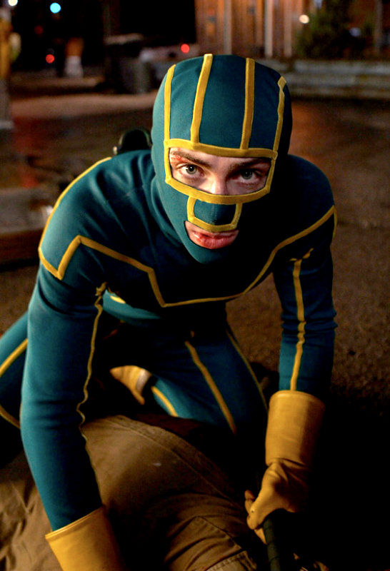 Official Photos From 'Kick-Ass' Exposes Dave Lizewski in Action