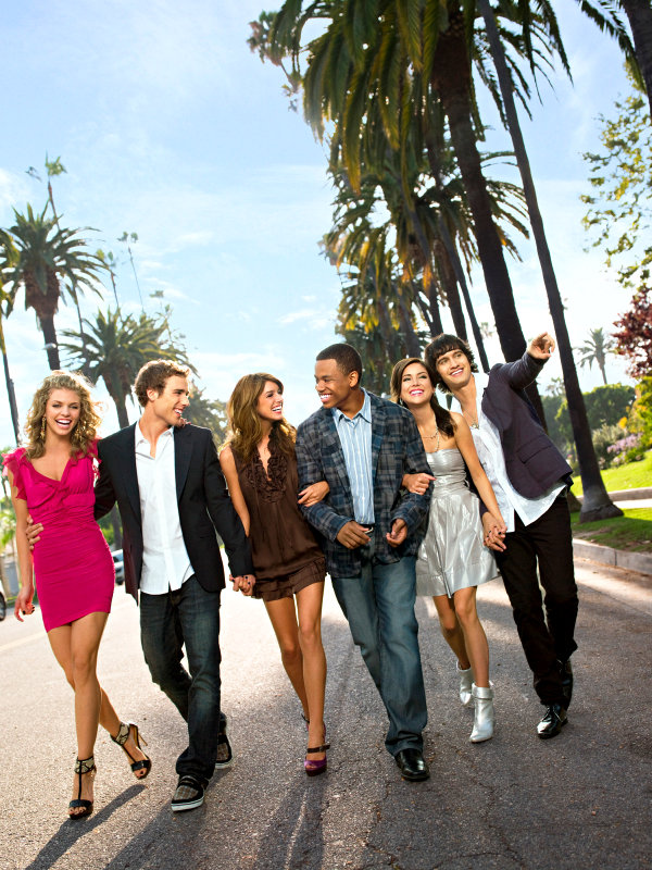 Off Screen Facts Spilled on '90210' Featurettes