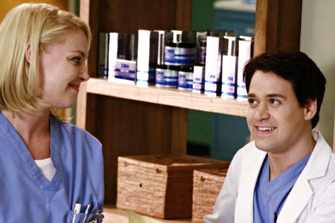 Katherine Heigl and T.R. Knight Departing From 'Grey's Anatomy'