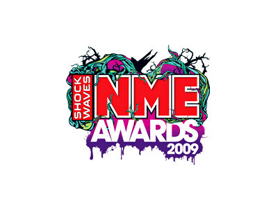 Oasis and Jonas Brothers Represent the Best and the Worst at NME Awards 2009