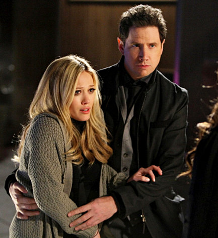 Preview of Hilary Duff in 'Ghost Whisperer' 4.19