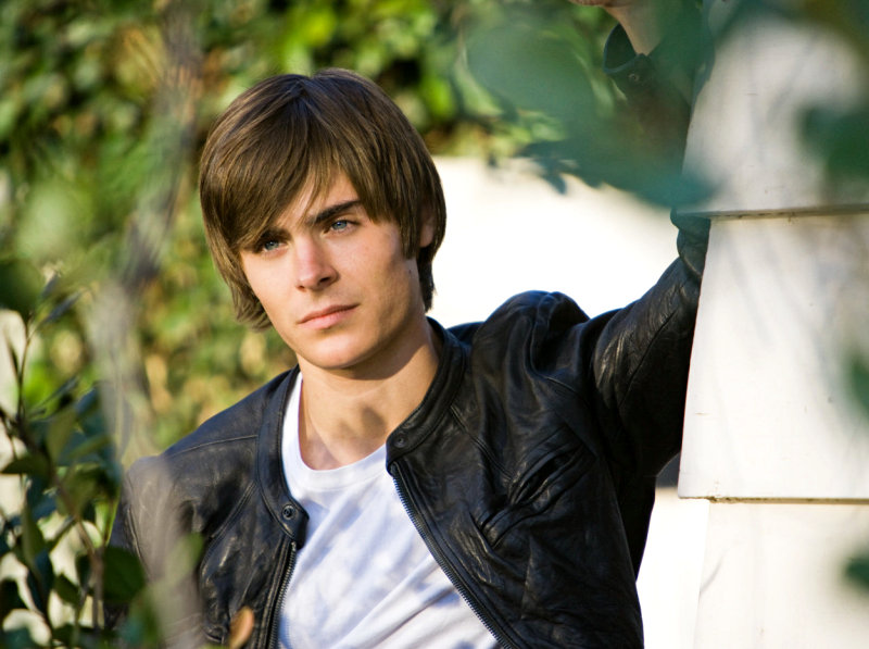 Zac Efron's '17 Again' Takes Over North American Box Office