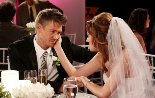 'One Tree Hill' Season 6 Finale Preview: Peyton's Life in Danger