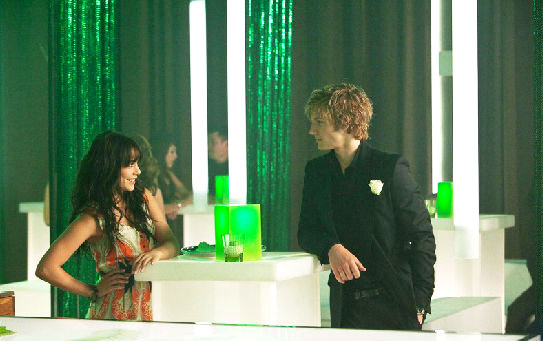 Pics of Vanessa Hudgens and Alex Pettyfer in 'Beastly'
