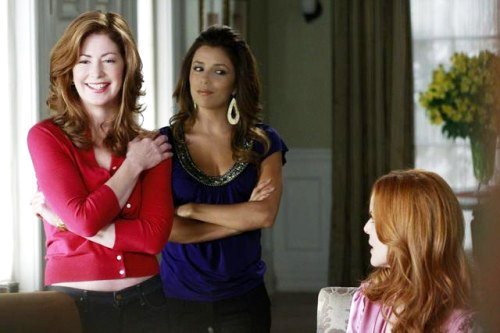 Two Sneak Peeks of 'Desperate Housewives' 6.01