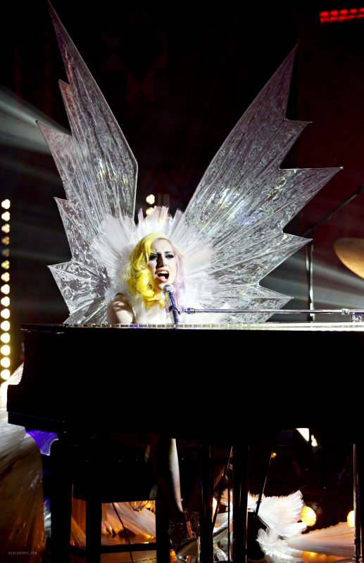 Video: Lady GaGa Appears as Snowflakes Queen During Live Performance