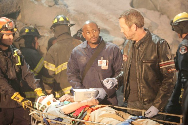 'House M.D.' Shares 2 Minutes of Season 6 Finale