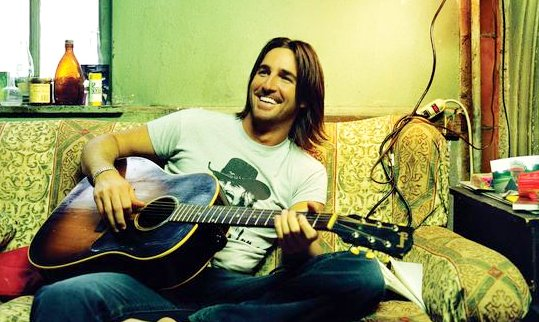 Jake Owen Debuts 'Tell Me' Music Video