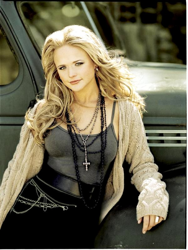 Miranda Lambert Debuts Music Video for 'Only Prettier'