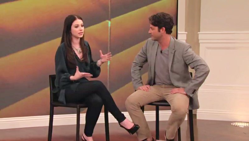 Exclusive: Michelle Trachtenberg Talks Her Bum on 'Nate Berkus Show'