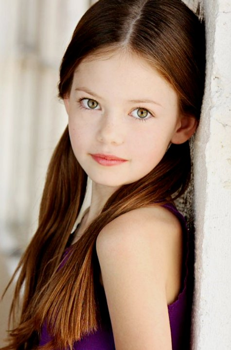 Mackenzie Foy Confirmed to Play Renesmee in 'Breaking Dawn'