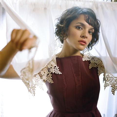 WATCH: Norah Jones Interviews on New Release