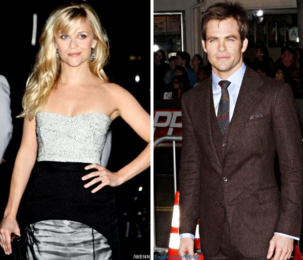 Reese Witherspoon and Chris Pine Kissing for 'This Means War'