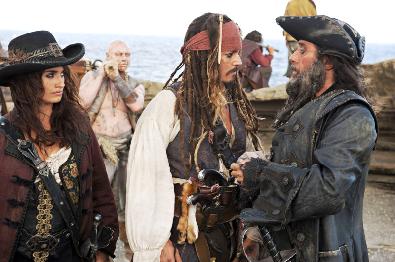 New 'Pirates of the Caribbean 4' Official Photo Features Blackbeard