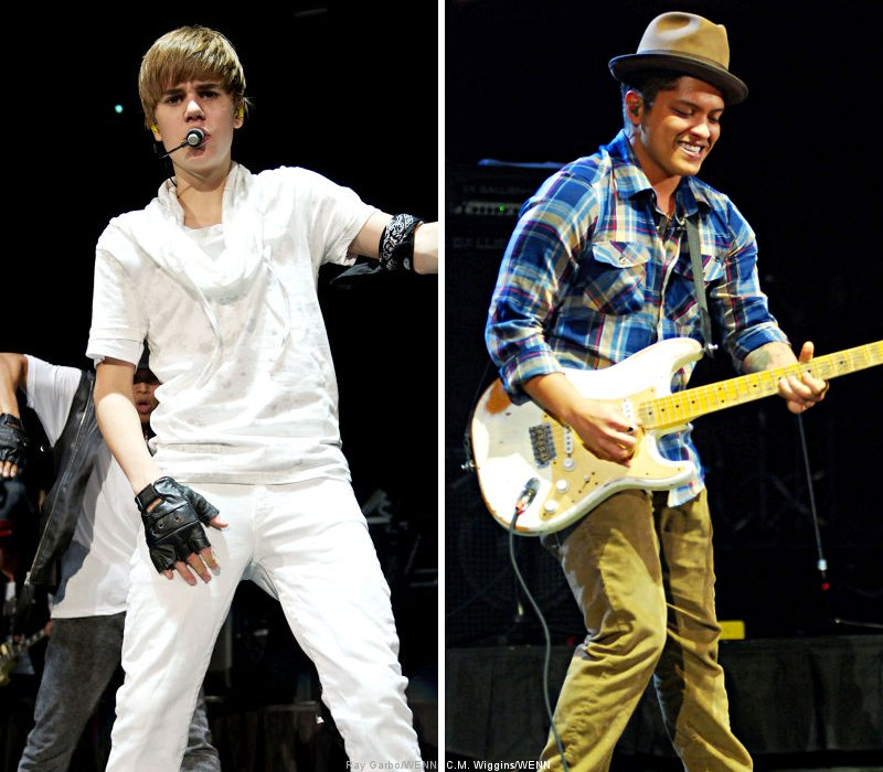 Pictures: Justin Bieber and Bruno Mars Wow at B96's Jingle Bash