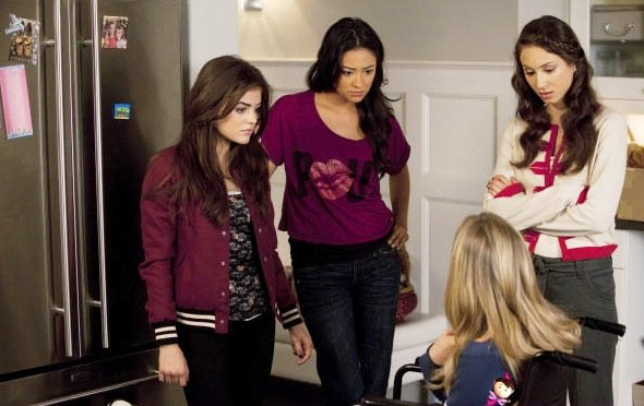 'Pretty Little Liars' 1.12 Preview: Salt Meets Wound