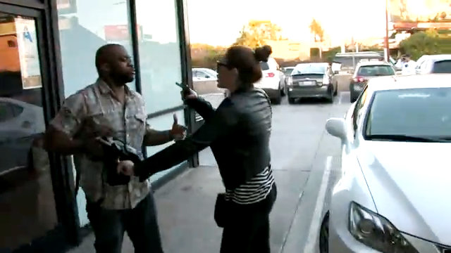 Video: Miley Cyrus Lashes Out at Paparazzi in Mother's Defense