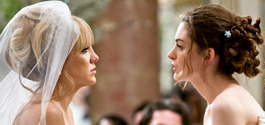 Kate Hudson and Anne Hathaway face-off in 'Bride Wars'